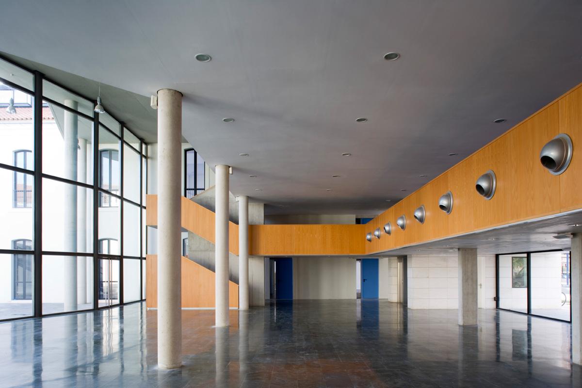 biblioteca-central-interior